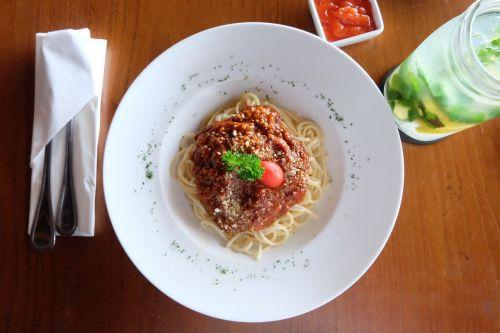 food spaghetti pasta