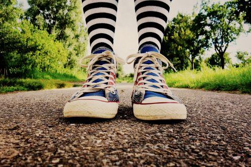 foot leg feet legs