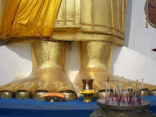 foot religion buddha statue