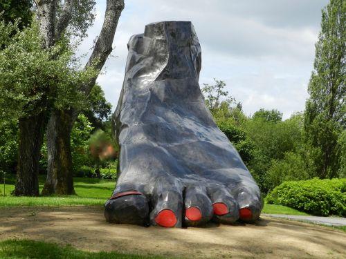 foot nature sculpture