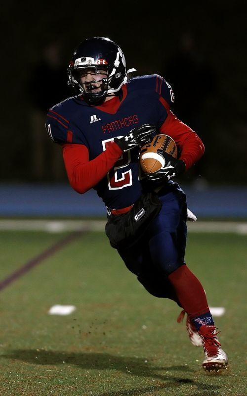 football american football runner