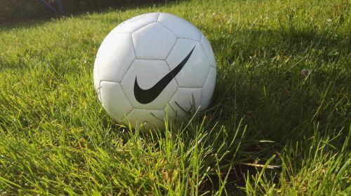 football the pitch waist