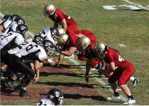 football line of scrimmage linemen