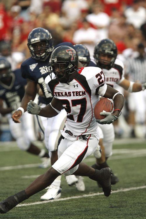 football running back action