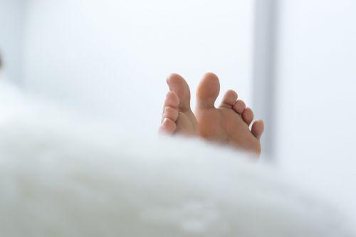 footprint feet relax