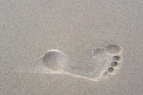footprint foot toes