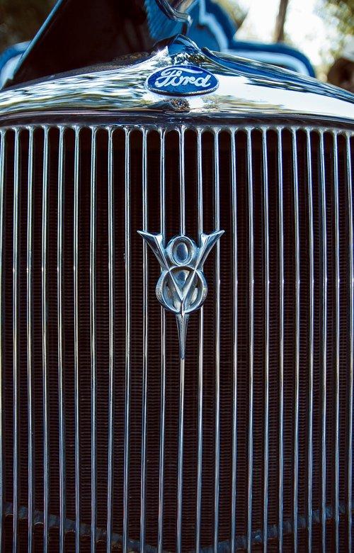 ford  old  v8