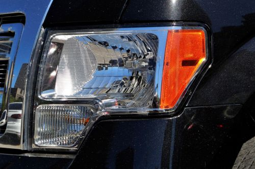 ford f150,priekinis žibintas,šviesa,Grilis,pikapas,F-150,paimti,juoda,sunkvežimis,transporto priemonė,automobilis,didelis darbas,priekinis,plienas,lemputė,tolimoji sija,spindulys,kietas,pastatytas,stiprus,visas reljefas,keturių ratų pavara,Keturių ratų pavara,visi tikslai,automatinis,žvaigždė,automobilis,autobusas,kabrioletas,Jeep,limuzinas,mašina,variklis,paimti,važiuoti,stoties vagonas,van,vagonas,kibiras,buggy,kompaktiška,pervežimas,kupė,hardtop,hečbekas,krūva,jalopy,junker,automobilis,rodsteris,sedanas,subcompact