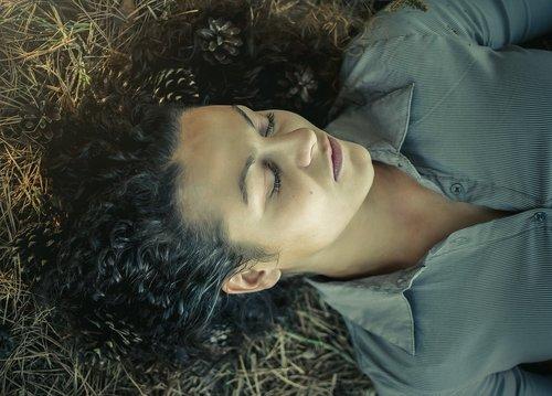 forest  sleep  girl