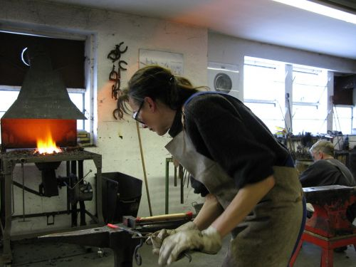 forge forging class hobby