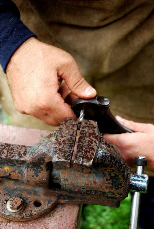 forging iron metal