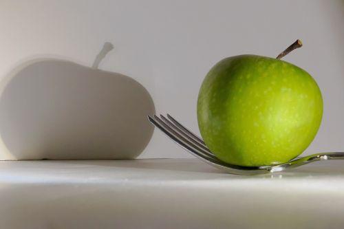 fork apple green