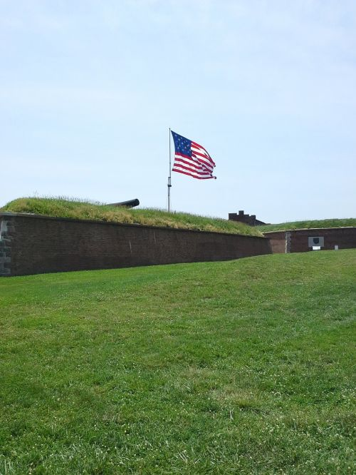 fort mchenry mchenry cannon