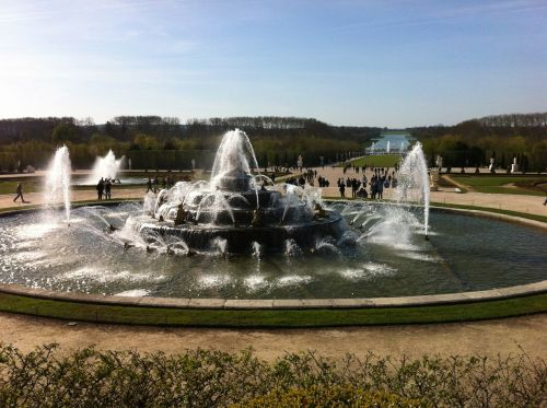 fountain water architecture