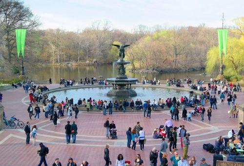 fountain central park city