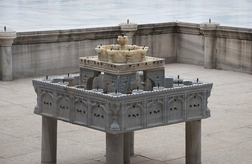 fountain  marble  history