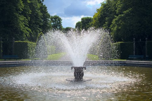 fountain  park  water