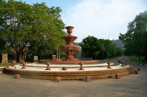 fountain crossroads temple