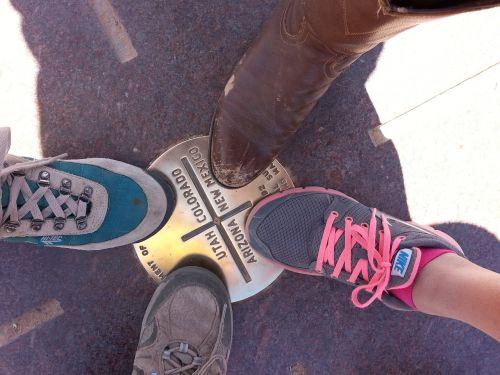 four corners shoe boot