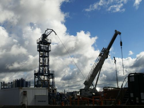 fracturing shale gas natural gas