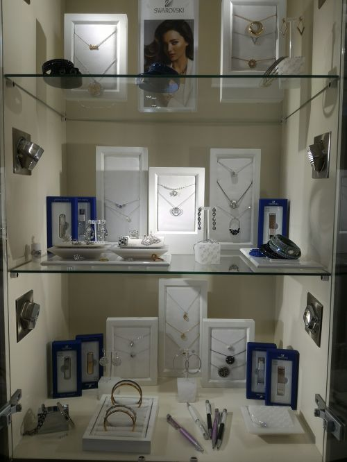 frames paintings silver