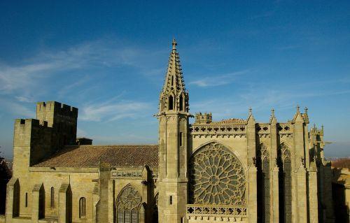 carcassonne france church