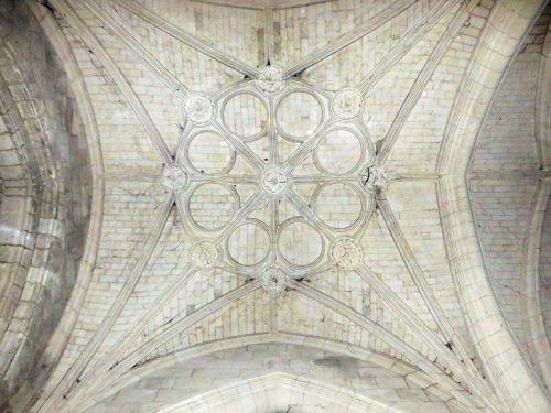 france coucy-le-château church