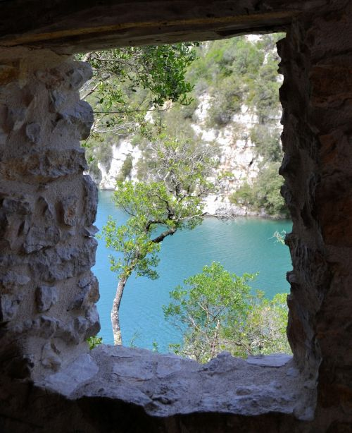 france provence quinson