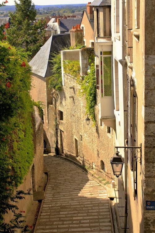 france alley pedestrian