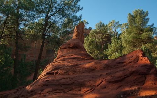 france roussillon ocher