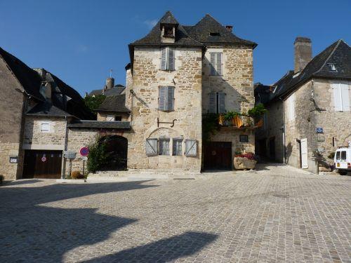 france village medieval