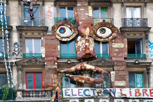 france building radical