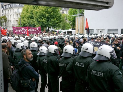 frankfurt boiler police helmet