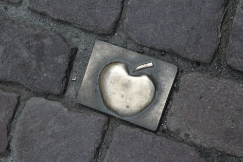 frankfurt tribute pavement