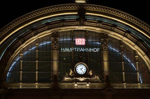 frankfurt  railway station  central station