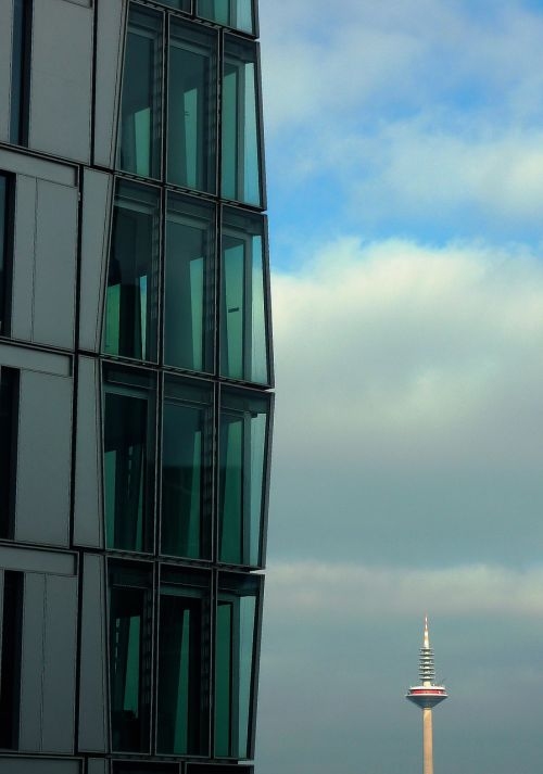 frankfurt am main germany glass palace skyscraper