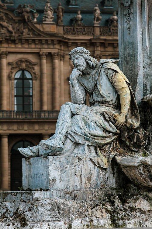 frankonia fountain  walther von der vogelweide  würzburg