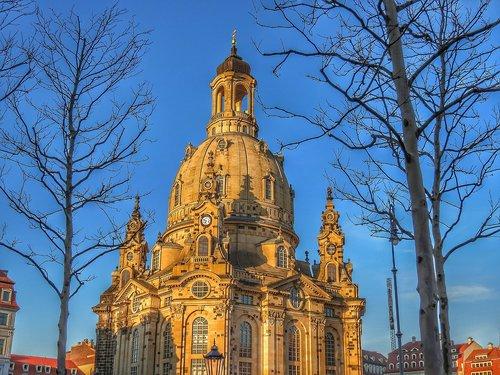frauenkirche  dresden  dresden city