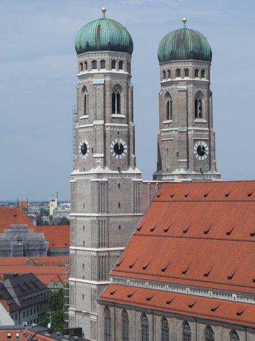 frauenkirche  munich  church