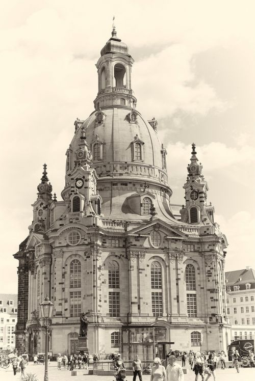 frauenkirche dresden places of interest