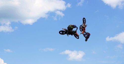 free time motorbikes races