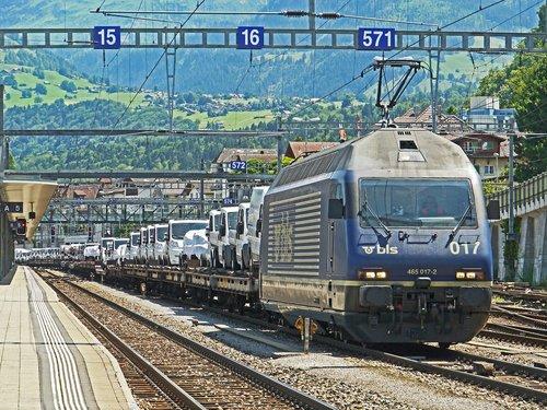 freight train  autotransporter  alpine crossing