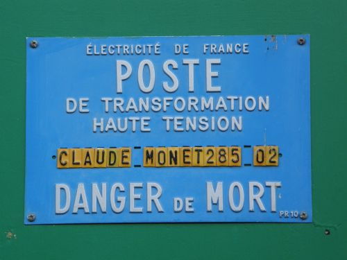 french sign danger