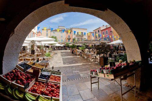 french riviera arch arched