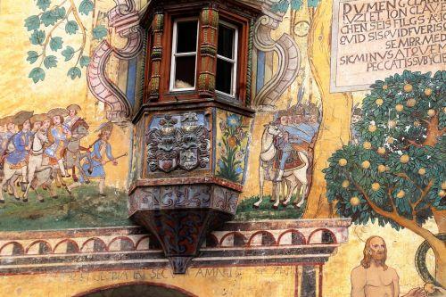 frescoes house old house