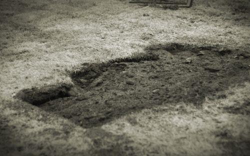 cemetery,graveyard,grave,dirt,sixfeetunder,death,dead,blackwhite,fresh grave