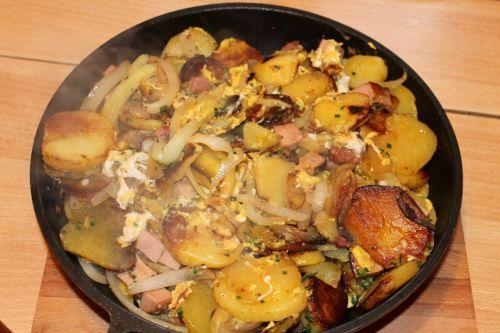 fried potatoes eat potato