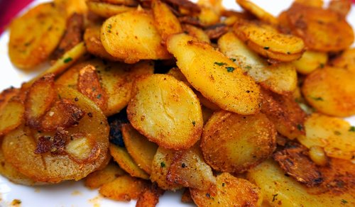 fried potatoes  eat  potatoes