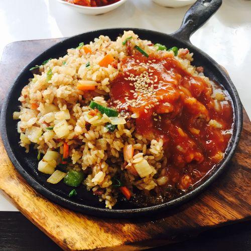kepti ryžiai,Bobas,korėjiečių kalba,teppan kepti ryžiai,kepti ryžių patiekalai,pietauti,virimo,ryžiai,šaltinis