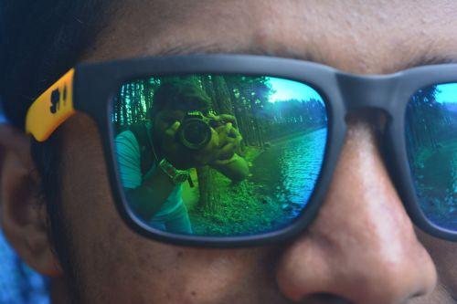 friends spy glass
